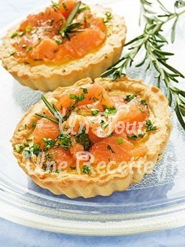 mini quiches au saumon recette facile un jour une recette. Black Bedroom Furniture Sets. Home Design Ideas